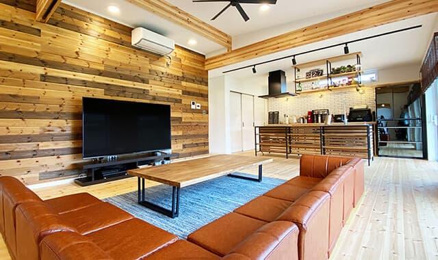 ログハウスのような木の家を低価格で建てるエイ・ワンの茨城県に建つ平屋の動画