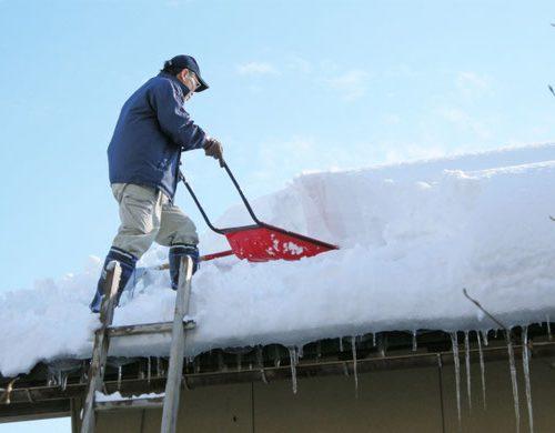 豪雪地帯の家の屋根