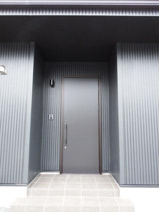 日本の玄関、西洋の玄関