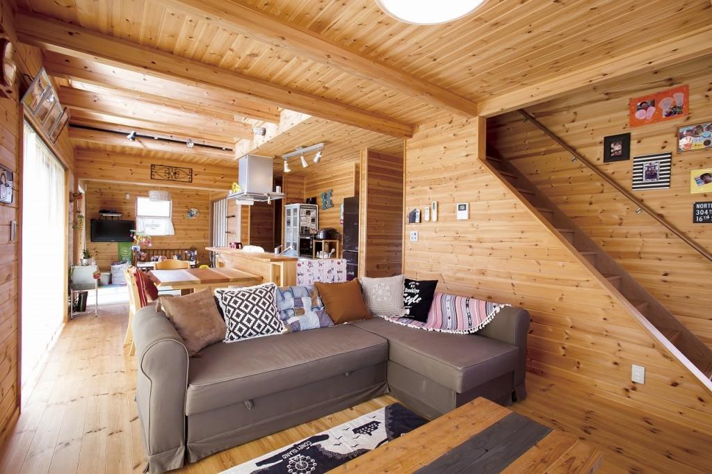 自然素材の家天井の梁