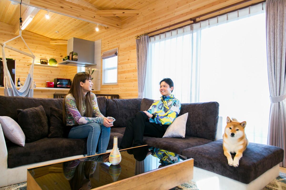 富山県のログハウス風の平屋