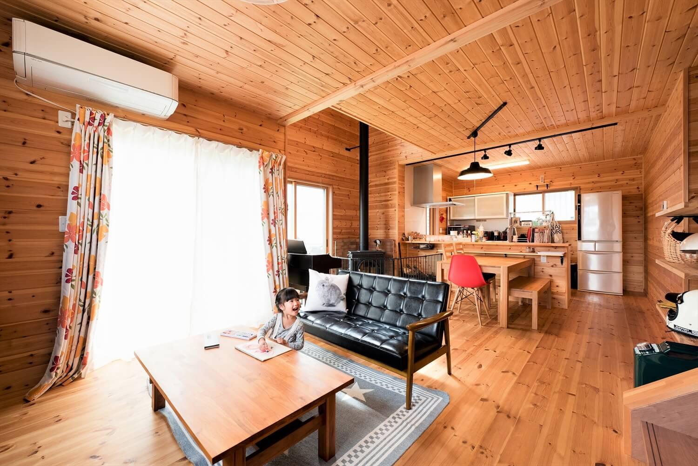 薪ストーブ付き住宅の内装|茨城県の注文住宅,ログハウスのような木の家を低価格で建てるならエイ・ワン