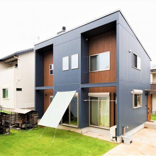 薪ストーブ付きログハウス風,二階建ての外観|つくば市の注文住宅,ログハウスのような木の家を低価格で建てるならエイ・ワン