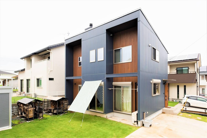薪ストーブ付き住宅の外観|茨城県の注文住宅,ログハウスのような木の家を低価格で建てるならエイ・ワン
