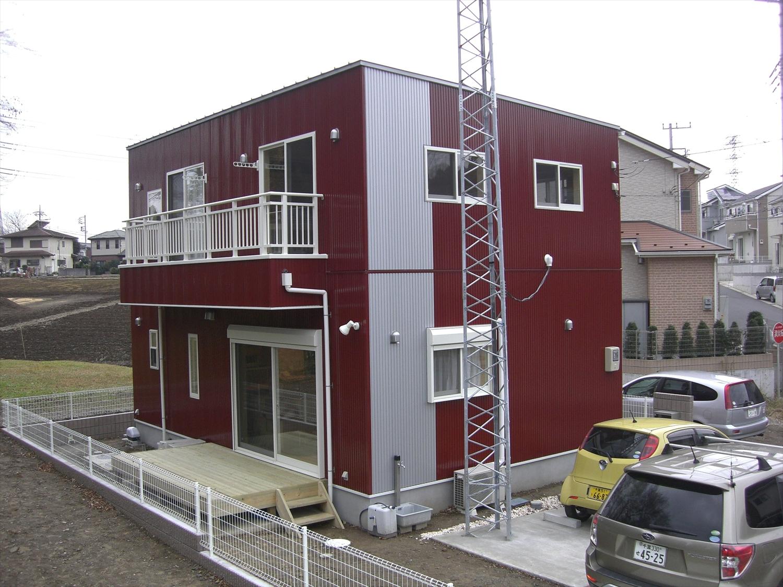 赤茶色の二階建て4