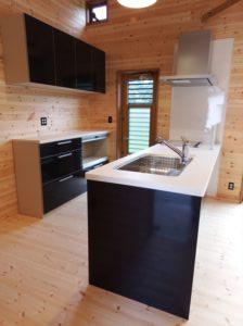 白と黒のキッチン10