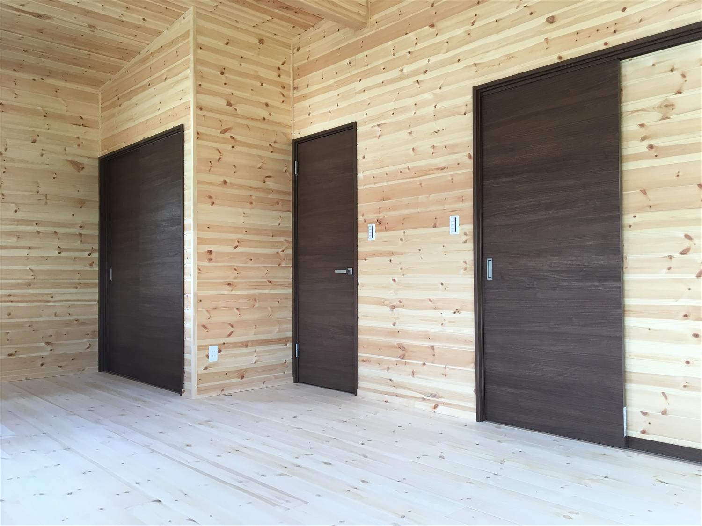 木目調の部屋26