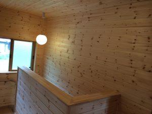 木目調の階段2