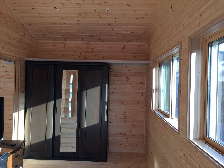別荘に最適な平屋の内装|新島村の注文住宅,ログハウスのような木の家を低価格で建てるならエイ・ワン