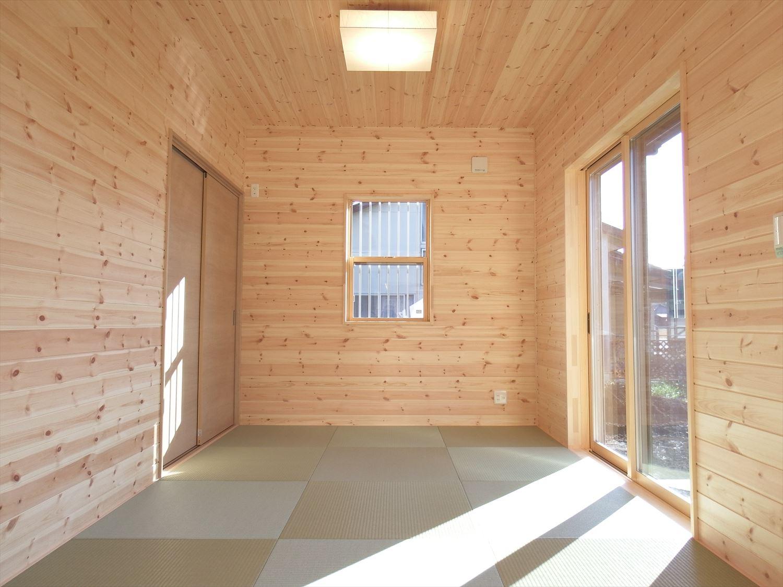 家族で暮らすナチュラルテイストの平屋の和室2|かすみがうら市の注文住宅,ログハウスのような木の家を低価格で建てるならエイ・ワン