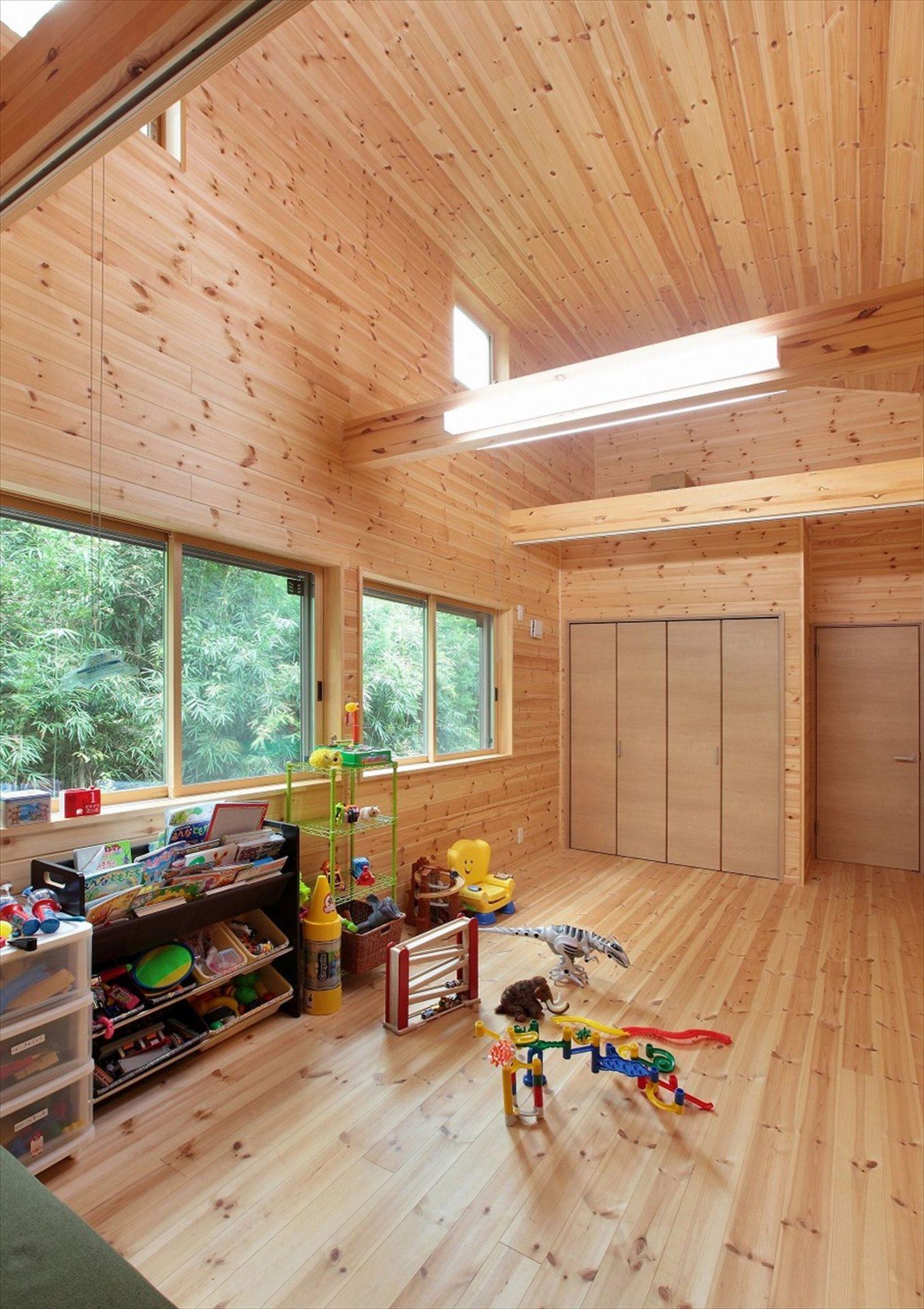 家族で暮らすナチュラルテイストの平屋の子供部屋|かすみがうら市の注文住宅,ログハウスのような木の家を低価格で建てるならエイ・ワン