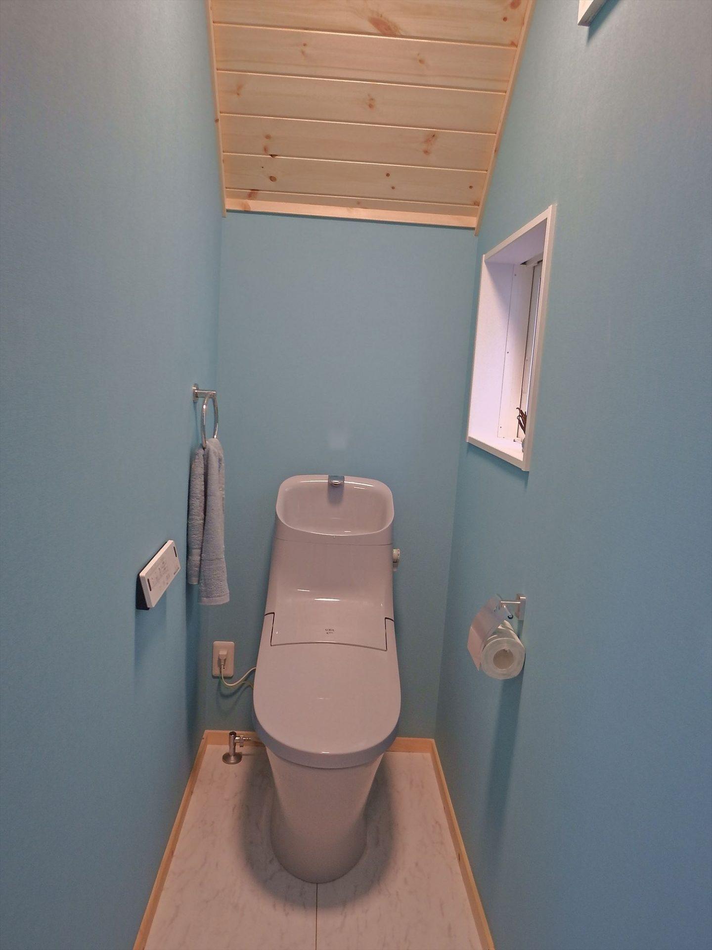 トイレ3|ログハウスのような木の家を低価格で建てるならエイ・ワン
