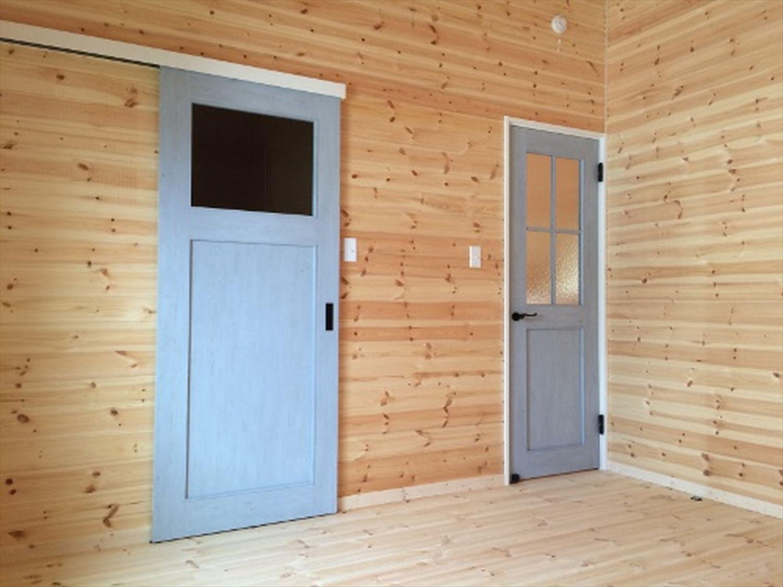 おしゃれな建具|ログハウスのような木の家を低価格で建てるならエイ・ワン