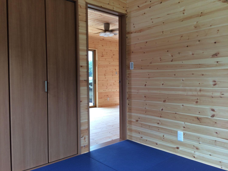 オールアース二階建ての内装3|石岡市の注文住宅,ログハウスのような木の家を低価格で建てるならエイ・ワン