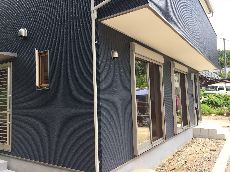 オールアース二階建ての外観2|石岡市の注文住宅,ログハウスのような木の家を低価格で建てるならエイ・ワン