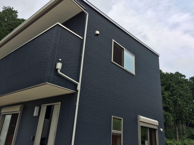 オールアース二階建ての外観5|石岡市の注文住宅,ログハウスのような木の家を低価格で建てるならエイ・ワン