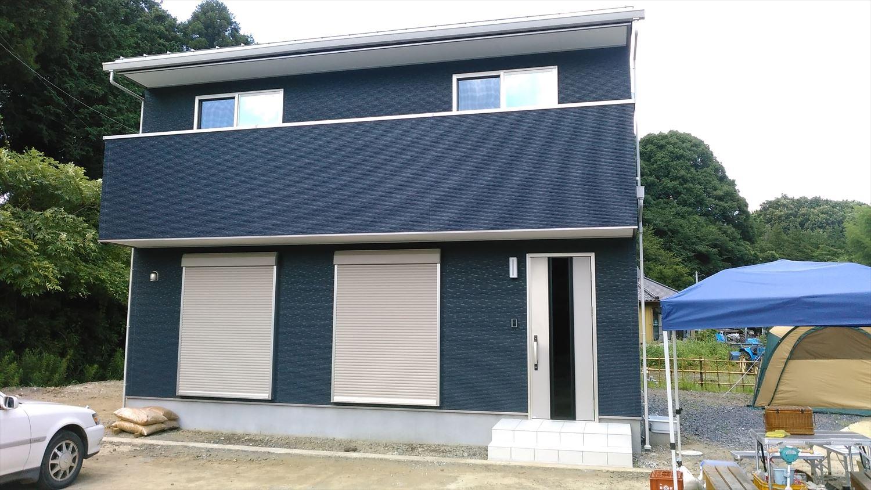 オールアース二階建ての外観6|石岡市の注文住宅,ログハウスのような木の家を低価格で建てるならエイ・ワン