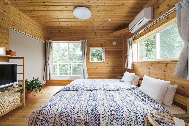 ログハウス風コンパクトハウスの寝室|四街道市の注文住宅,ログハウスのような木の家を低価格で建てるならエイ・ワン