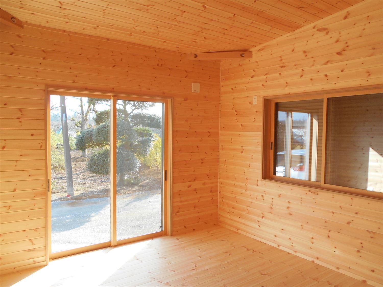 蓄電池付き省エネ住宅平屋の内装3|石岡市の注文住宅,ログハウスのような木の家を低価格で建てるならエイ・ワン