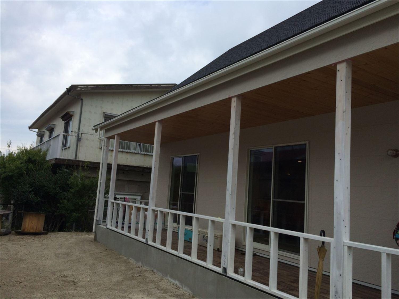 2階建て3LDKのアメリカンハウスの外観2|新島の注文住宅,ログハウスのような木の家を低価格で建てるならエイ・ワン
