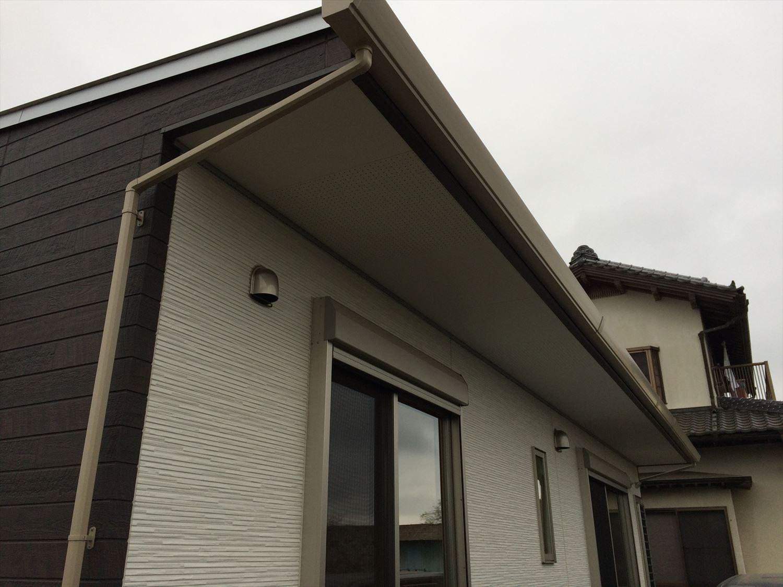 蓄電池付き省エネ住宅平屋の軒天|石岡市の注文住宅,ログハウスのような木の家を低価格で建てるならエイ・ワン
