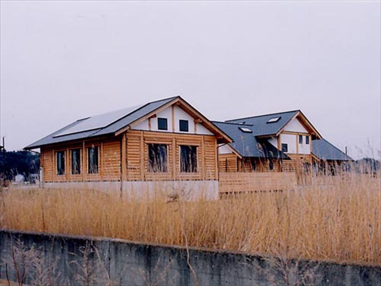 湖の畔に建つログハウスの外観3|鉾田市の注文住宅,ログハウスのような木の家を低価格で建てるならエイ・ワン