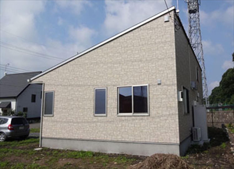 畳コーナーのある平屋2LDKの外観3|栃木県の注文住宅,ログハウスのような木の家を低価格で建てるならエイ・ワン