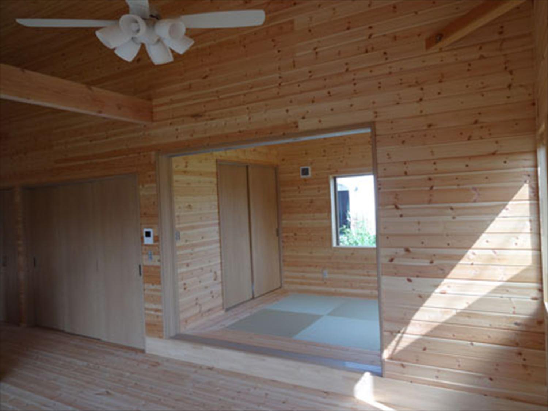 畳コーナーのある平屋2LDKの内装|栃木県の注文住宅,ログハウスのような木の家を低価格で建てるならエイ・ワン