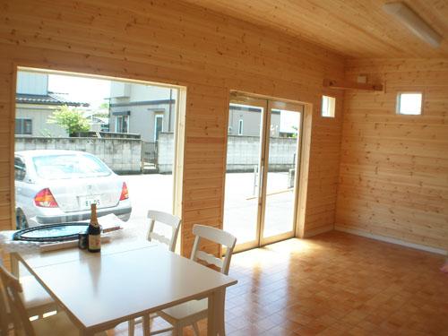 洋菓子店の内装8|伊勢崎市の注文住宅,ログハウスのような木の家を低価格で建てるならエイ・ワン