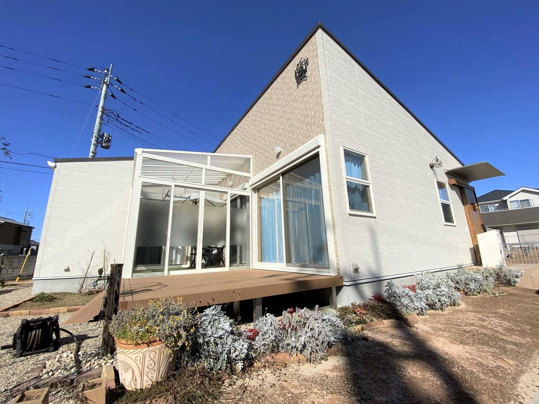 防音室のある平屋の外観|土浦市の注文住宅,ログハウスのような木の家を低価格で建てるならエイ・ワン