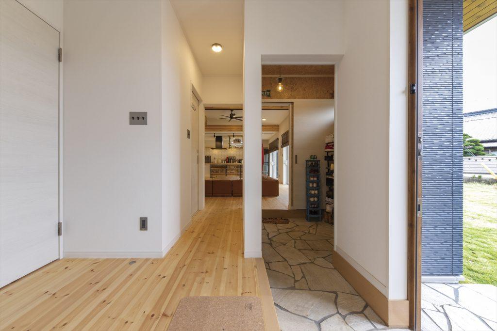 平屋,低価格住宅,無垢材の家,家族,家,新築