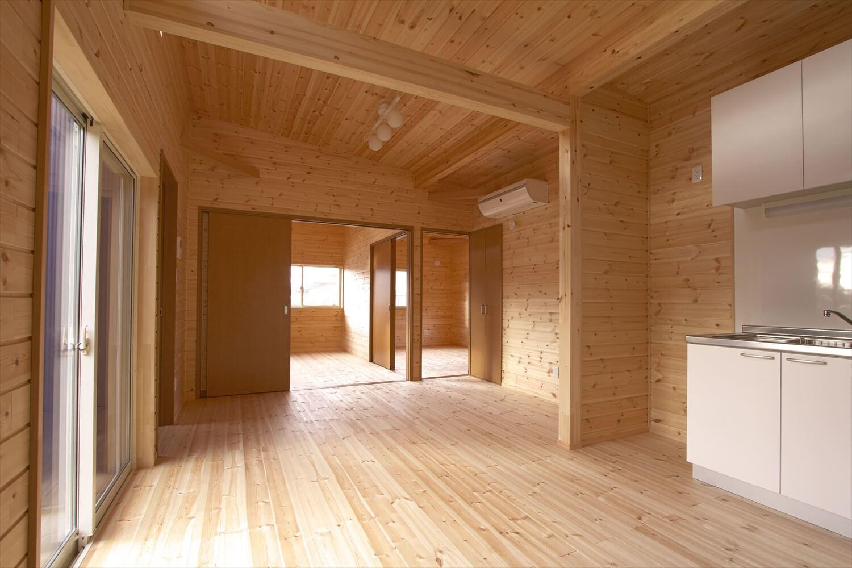 ログハウス風平屋のLDK|つくばみらい市の注文住宅,ログハウスのような低価格住宅を建てるならエイ・ワン