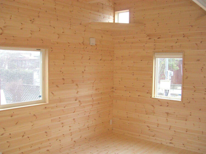 モダンな平屋の内装|水戸市の注文住宅,ログハウスのような低価格住宅を建てるならエイ・ワン