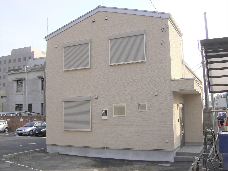 二階建てのバレエスクールの外観|水戸市の注文住宅,ログハウスのような低価格住宅を建てるならエイ・ワン