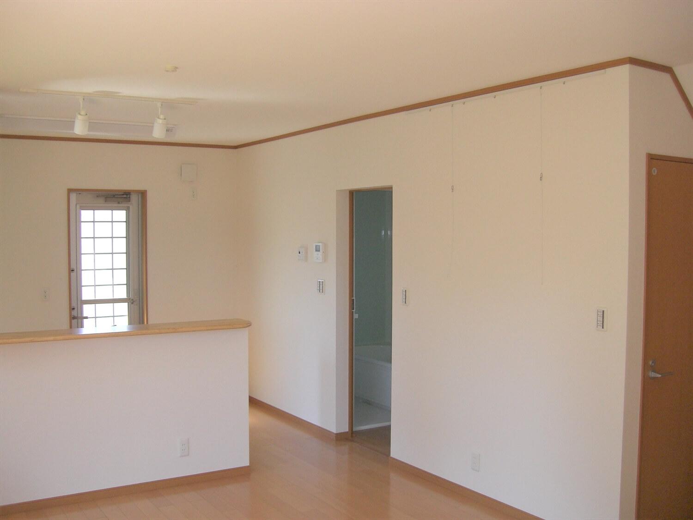 和室付き二階建ての内装|水戸市の注文住宅,ログハウスのような低価格住宅を建てるならエイ・ワン