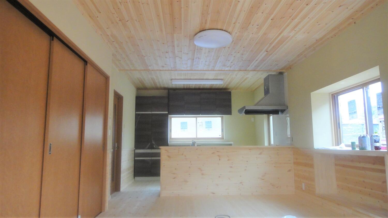 和モダン二階建てのLDK|行方市の注文住宅,ログハウスのような低価格住宅を建てるならエイ・ワン