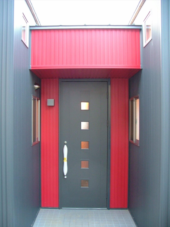 シンメトリー住宅の玄関|袖ヶ浦市の注文住宅,ログハウスのような低価格住宅を建てるならエイ・ワン