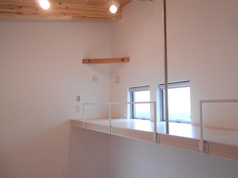 L字の平屋の窓|小美玉市の注文住宅,ログハウスのような低価格住宅を建てるならエイ・ワン