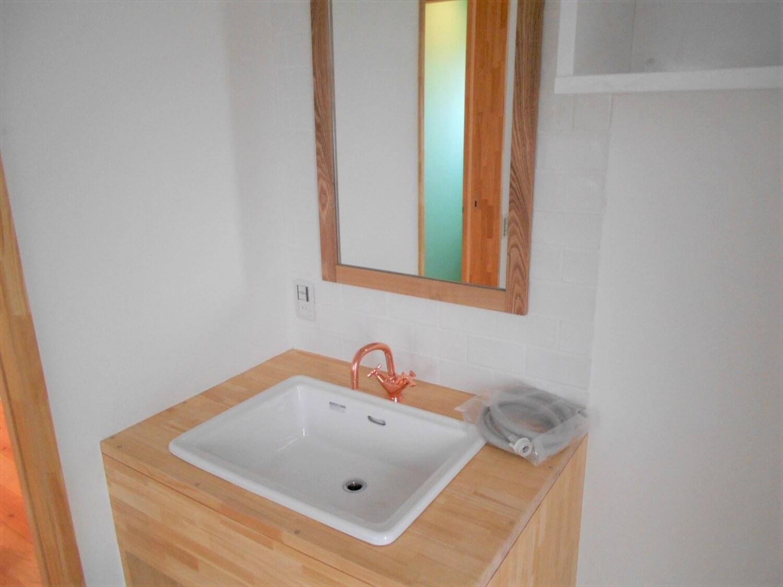 L字の平屋の手洗い場|小美玉市の注文住宅,ログハウスのような低価格住宅を建てるならエイ・ワン