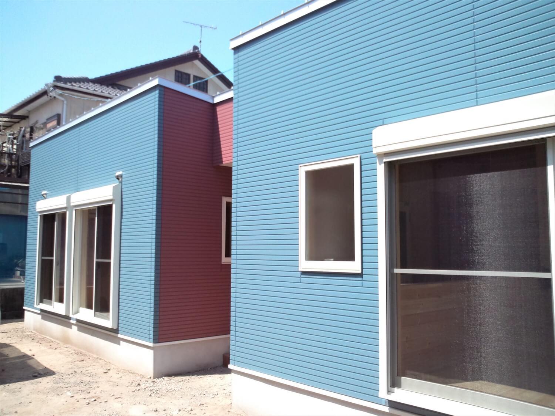 ドックスペースのある平屋の外観|蒲郡市の注文住宅,ログハウスのような低価格住宅を建てるならエイ・ワン