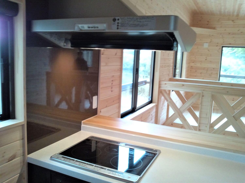 二階リビング住宅のキッチン 印西市の注文住宅,ログハウスのような低価格住宅を建てるならエイ・ワン