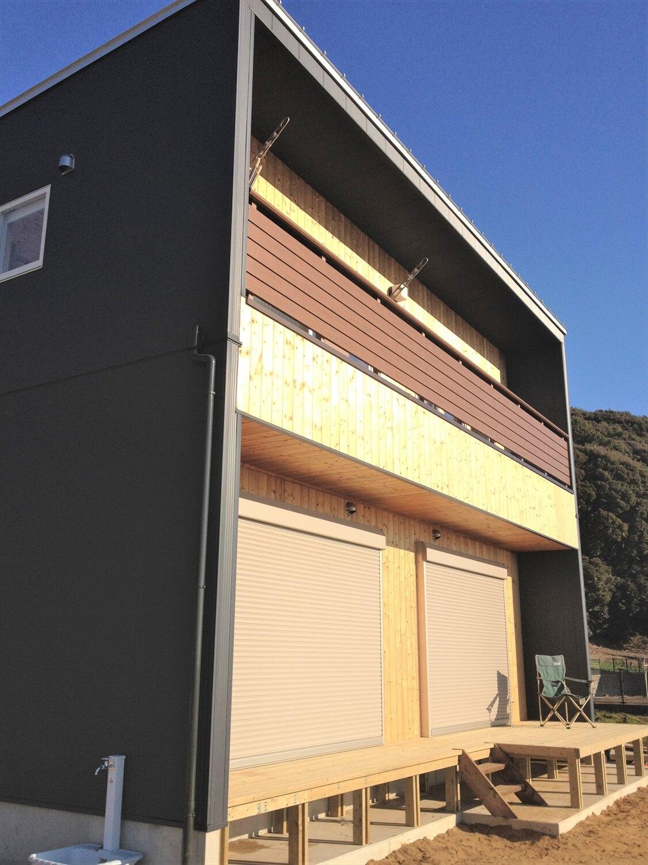 木製サイディングの二階建ての外観|土浦市の注文住宅,ログハウスのような低価格住宅を建てるならエイ・ワン