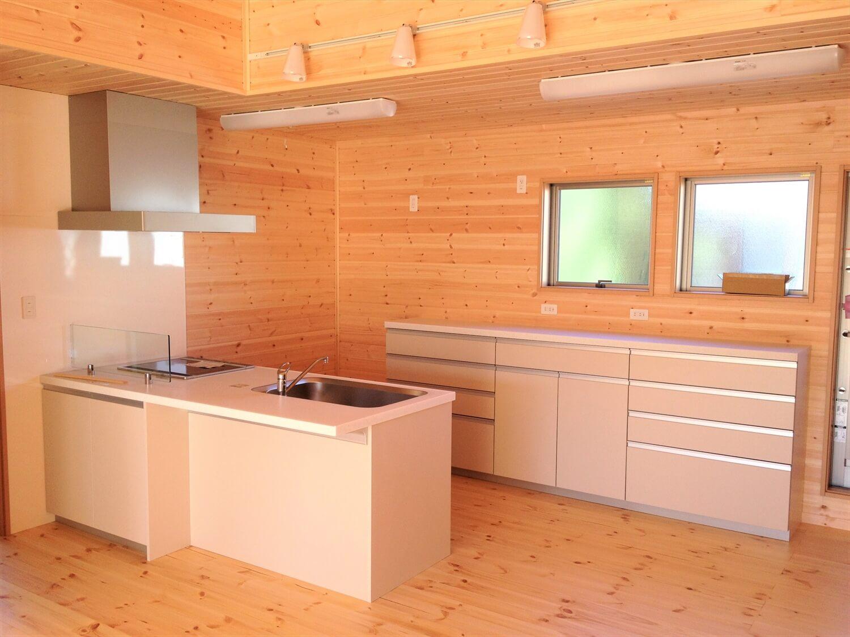 完全分離型の二世帯住宅のキッチン|さいたま市の注文住宅,ログハウスのような低価格住宅を建てるならエイ・ワン