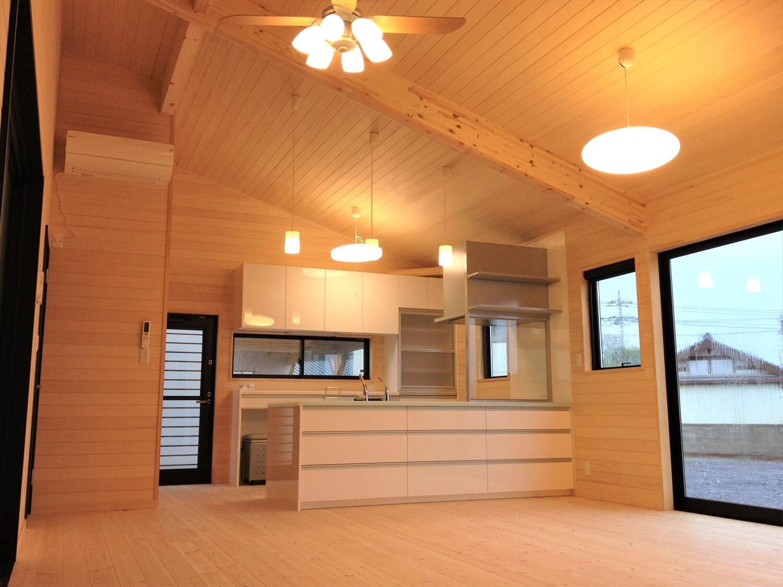バリアフリー住宅のLDK|つくば市の注文住宅,ログハウスのような低価格住宅を建てるならエイ・ワン
