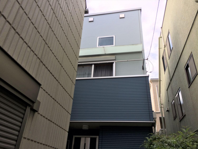 都内の無垢材住宅の外観|大田区の注文住宅,ログハウスのような低価格住宅を建てるならエイ・ワン