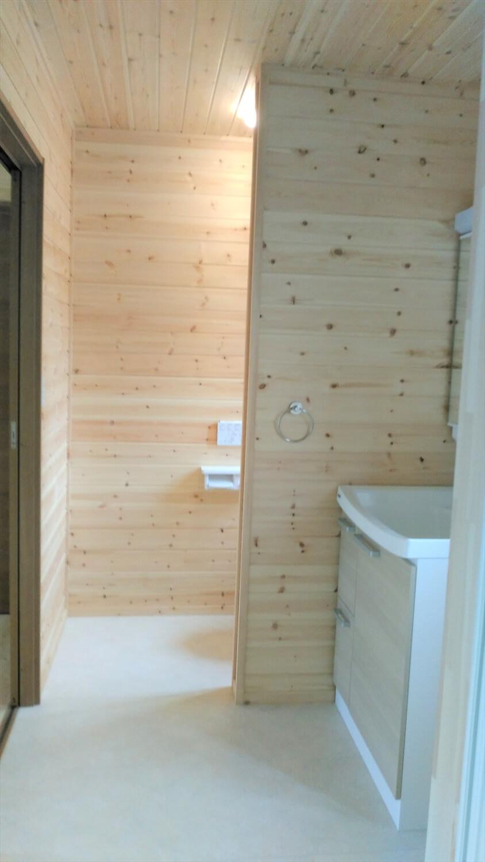 ロフト付平屋の水回り|勝浦市の注文住宅,ログハウスのような低価格住宅を建てるならエイ・ワン