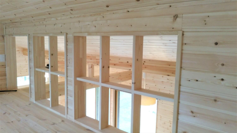 平屋のロフト窓からの景色|勝浦市の注文住宅,ログハウスのような低価格住宅を建てるならエイ・ワン