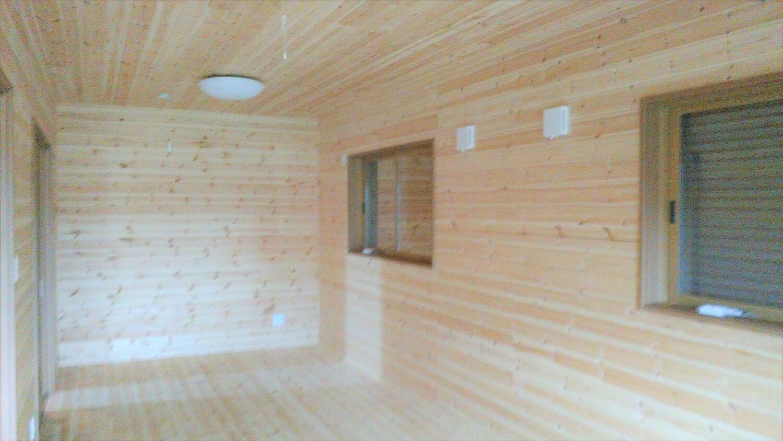 ロフト付きの平屋の居室|鹿嶋市の注文住宅,ログハウスのような低価格住宅を建てるならエイ・ワン