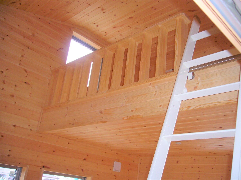 和室のある二階建てのロフト|水戸市の注文住宅,ログハウスのような低価格住宅を建てるならエイ・ワン