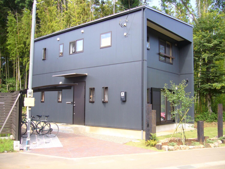 二階リビング住宅の外観横 印西市の注文住宅,ログハウスのような低価格住宅を建てるならエイ・ワン